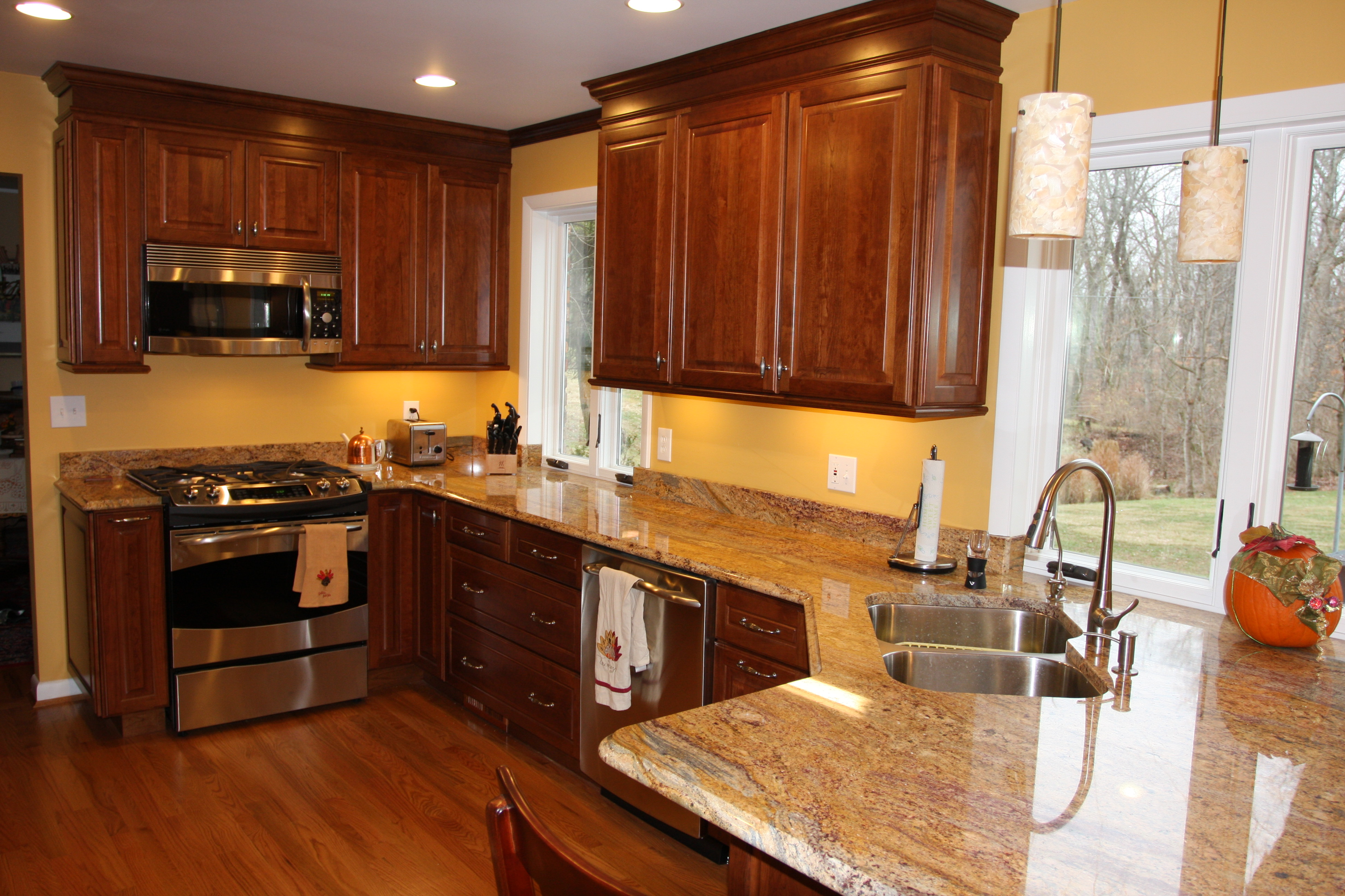 prweb kitchen remodel cincinnati This cherry kitchen has an elegant look and feel Cherry cabinets add an elegant feel to this remodeling job