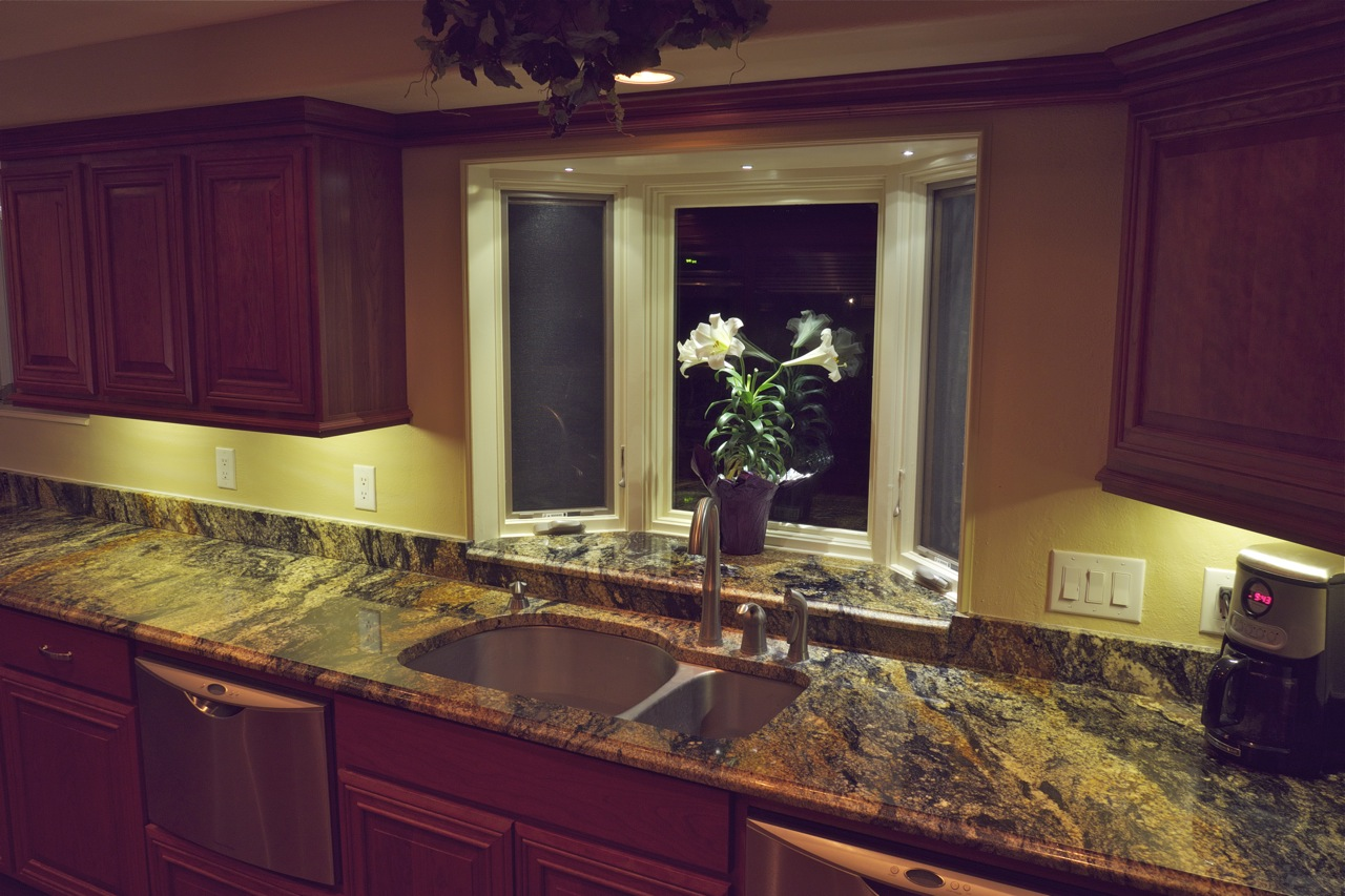under cabinet led lighting led kitchen light fixtures Under Cabinet Led Lighting