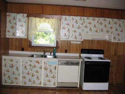 Custom Service Hardware Announces Winner of Kitchen Cabinet Renovation Giveaway