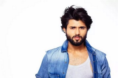 Vijay Deverakonda New Arjun Reddy Movie Latest Stylish ULTRA HD Photos Stills Images | 25CineFrames
