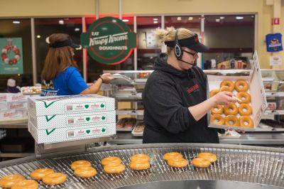 Are fresh Krispy Kreme doughnuts worth Alaska's wait? - Anchorage Daily News
