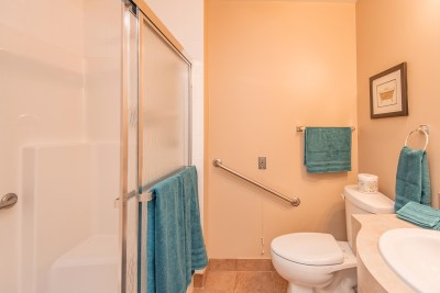 Bathroom - Alavida Lifestyles