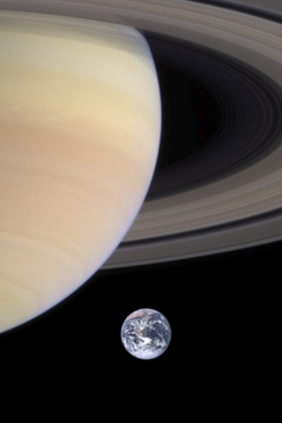 Saturn iPhone Wallpaper HD