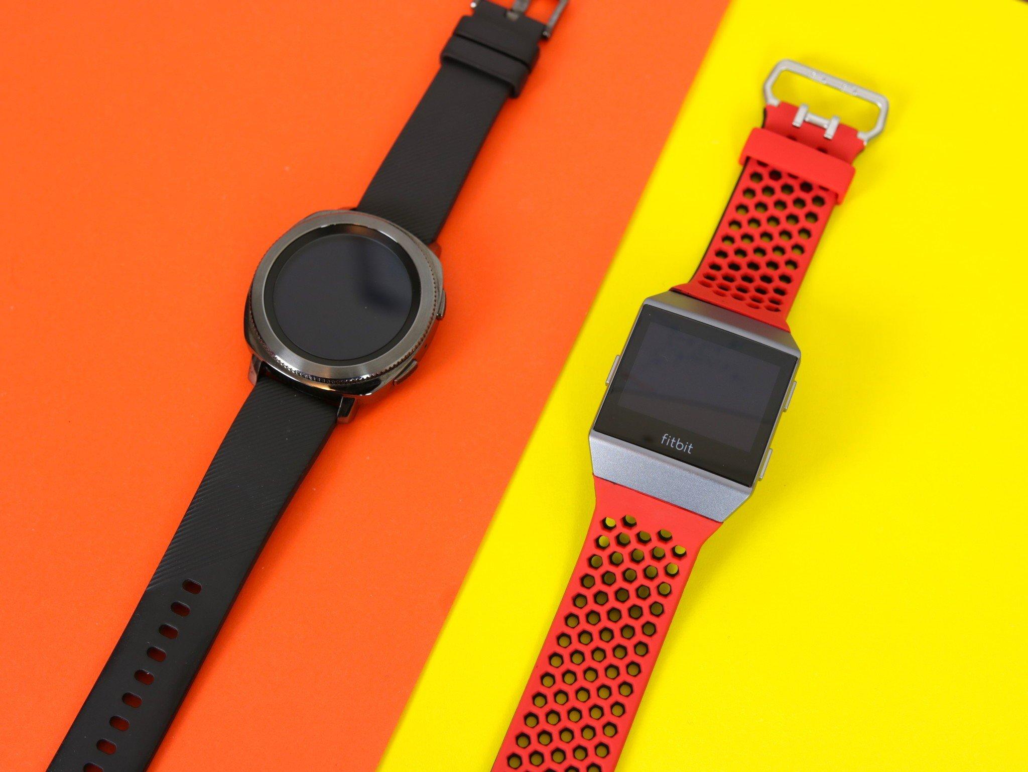 Samsung Gear Sport vs. Fitbit Ionic: Fitness smartwatch ...