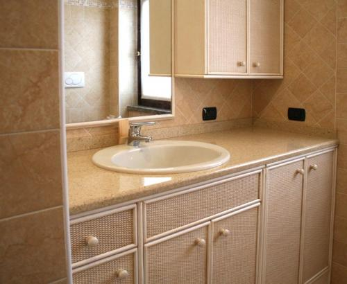 Bagno country bianco