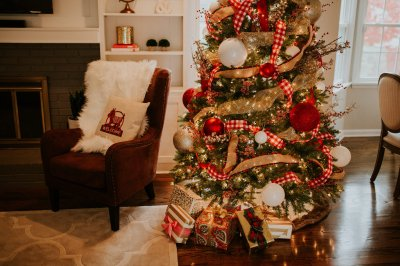 Family Room Decor Reveal with Overstock | A Southern Drawl