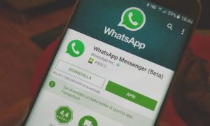 WhatsApp Text Status Feature Gets Colored Backgrounds, Custom Fonts