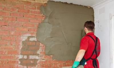 How to hard plaster a brick wall | Bunnings Warehouse