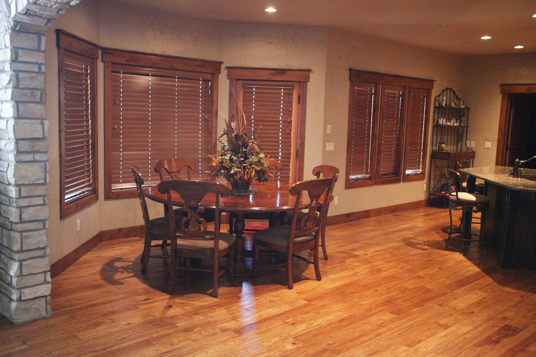 hardwood floor kitchens hardwood floors in kitchen Large kitchen hardwood floor