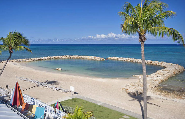 Cayman Islands Condo Rentals   Seven Mile Beach   Grand Cayman     Sunset Cove