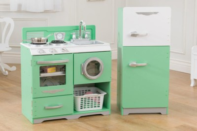 Homestyle two-piece kitchen