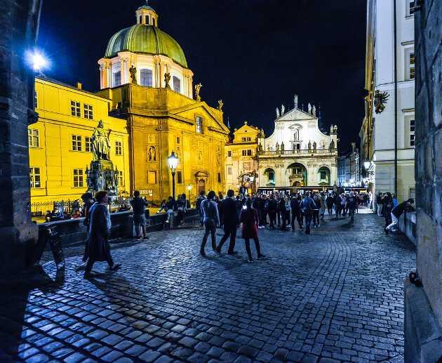 Прага вечером Что посмотреть и куда сходить в Праге Что посмотреть и куда сходить в Праге: ТОП-25 достопримечательностей vech