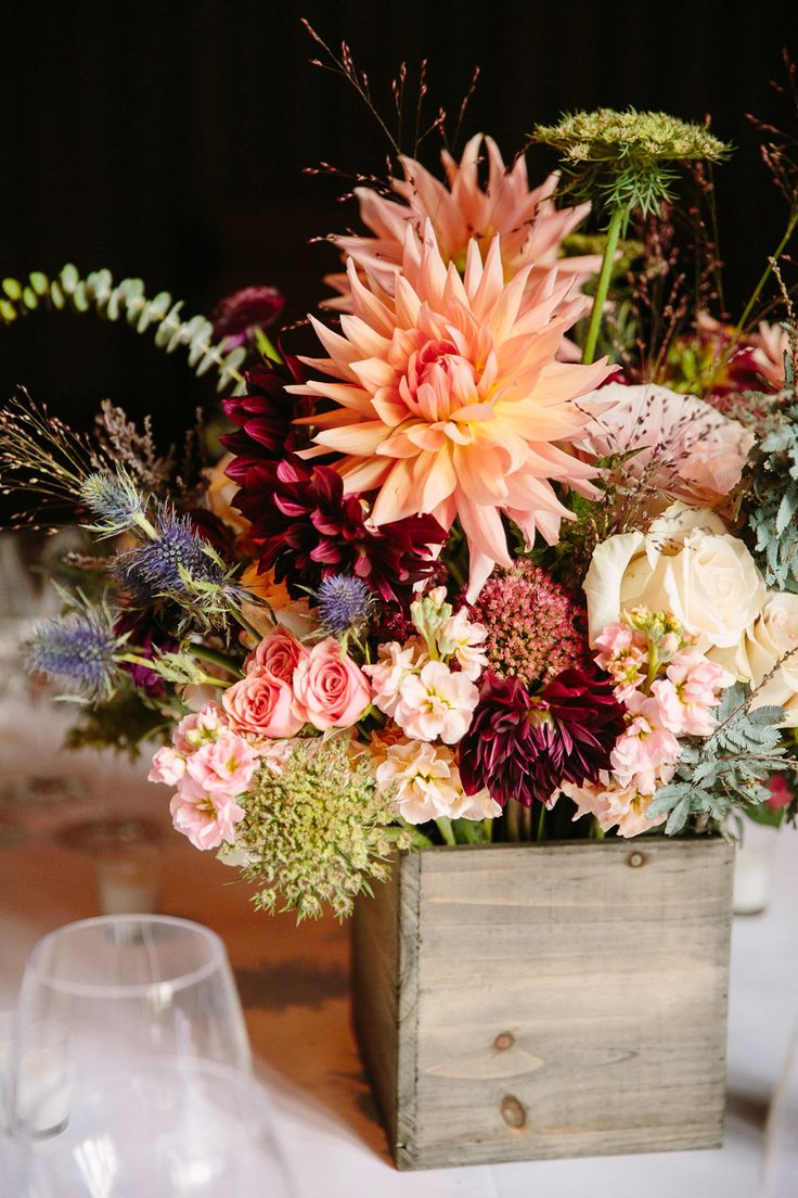 rustic wedding ideas dahlia wedding centerpiece rustic wedding centerpieces rustic wedding ideas dahlia wedding centerpiece