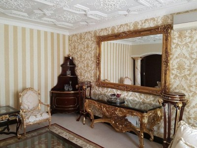 How luxury wallpaper can change the look and feel of any room