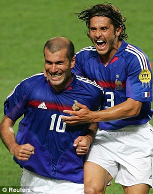 Bixente Lizarazu meets his idol Because