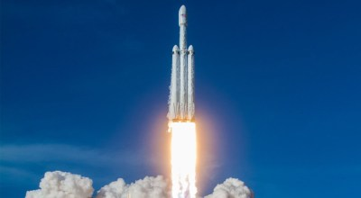 SpaceX Successfully Launches Falcon Heavy, Lands All Three Boosters - ExtremeTech