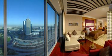 The H Hotel Dubai, Dubai : Five Star Alliance