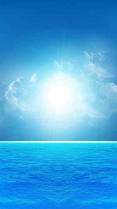 Blue Sea Under The Bright Sunshine Wallpaper - Free iPhone Wallpapers