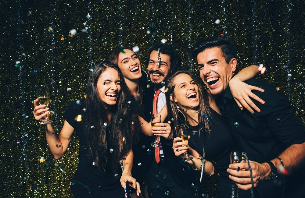 Throw a Great New Year s Eve Party At Home   Holiday Event Planning New Year s Eve Party Options