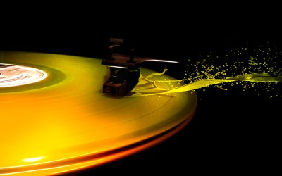 Vinyl Splash Wallpaper - FunDJStuff.com