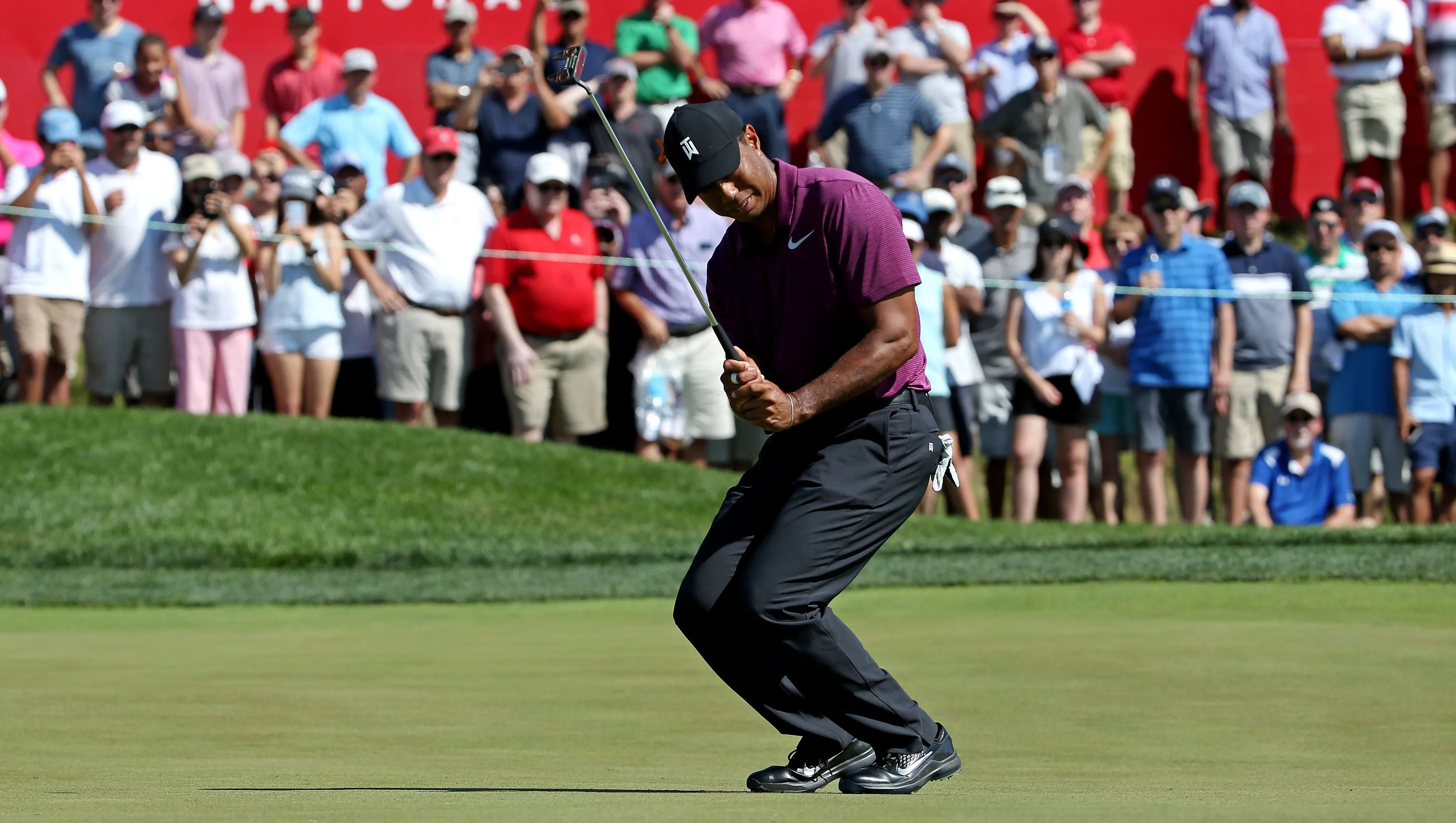 Tiger Woods putting together solid round at Quicken Loans National