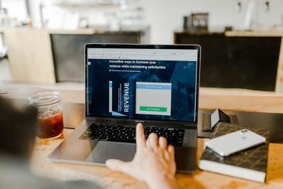affiliate-marketing-computer   Grandlife