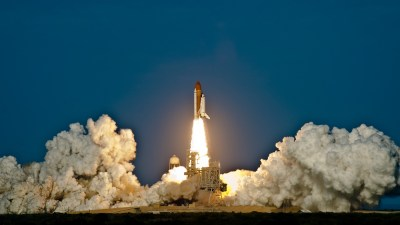 Space Shuttle Discovery Launch Wallpapers | HD Wallpapers | ID #10398