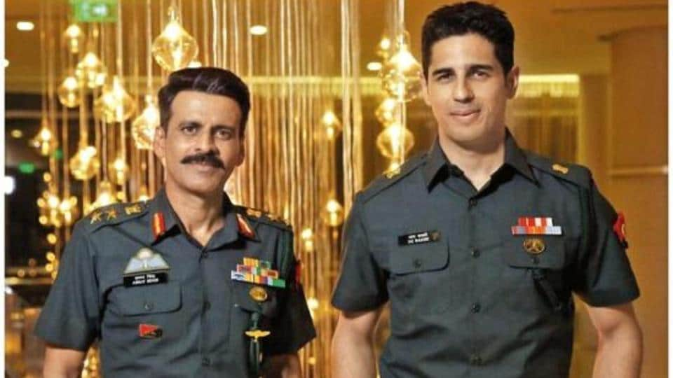 Sidharth Malhotra apologises after Neetu Chandra slams him for     Manoj Bajpayee and Sidharth Malhotra in a still from Aiyaary