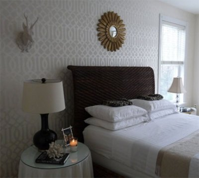 HOME DZINE | Why buy wallpaper when you can stencil a metallic design