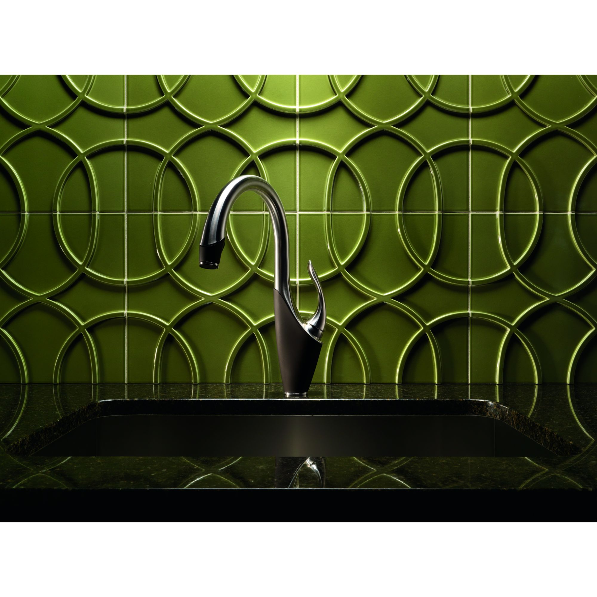 stylish swan inspired vuelo faucets from brizo brizo kitchen faucets vuelo kitchen faucets 02