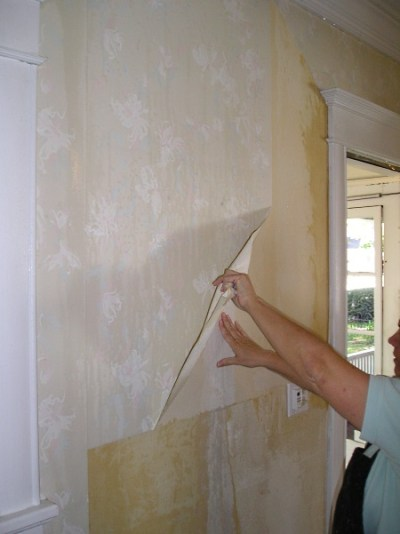 How To Remove Vinyl Wallpaper - The Practical House Painting Guide