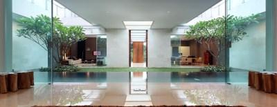 Luxury Garden House In Jakarta | iDesignArch | Interior ...