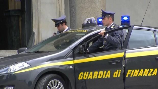 Sequestrata centrale abusiva per Sky e Mediaset Premium