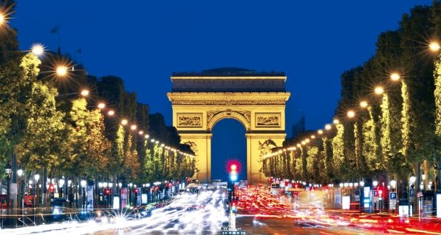Paris rolls out red carpet for London s post Brexit bankers Paris is trumpeting the lifestyle it could offer to London s high  financiers in the event of