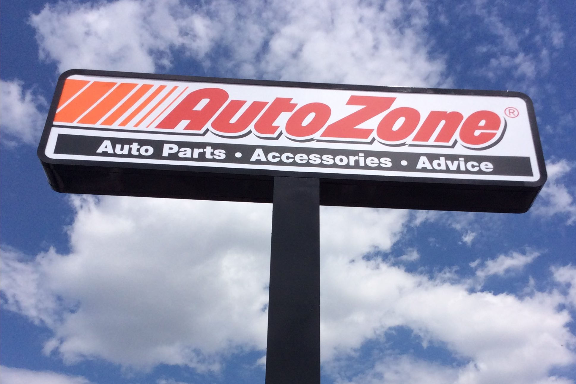 Exterior Signs   Indianapolis Sign Company   Custom Business Signs Pylon sign for Auto Zone in Indianapolis  Indiana