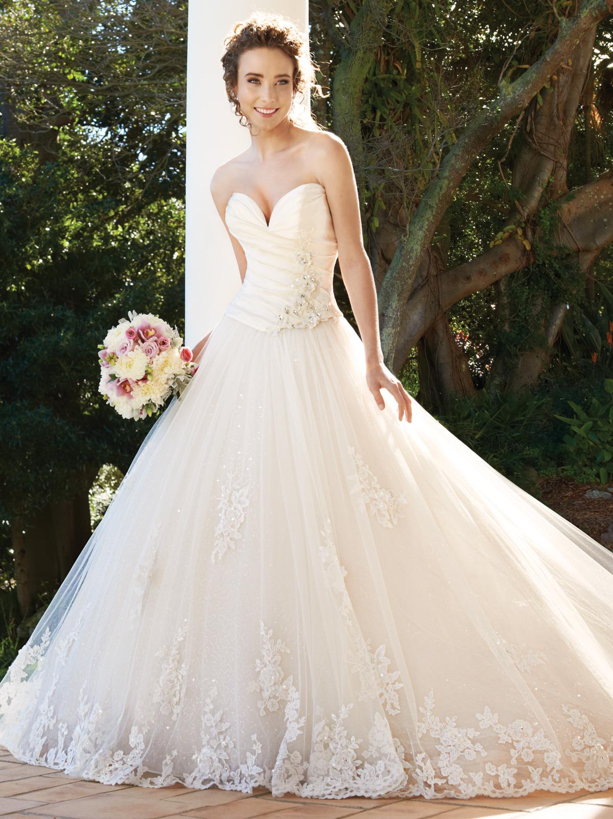 AA plunging neckline wedding dress plunging sweetheart ball gown wedding dress