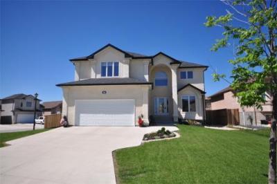 54 Sewa Crescent, Winnipeg, MB R2R 0K1 CA Winnipeg Home for - Jordan Katz Real Estate