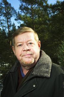 Paasilinna, Arto | Kirjasampo.fi - kirjallisuuden verkkopalvelu