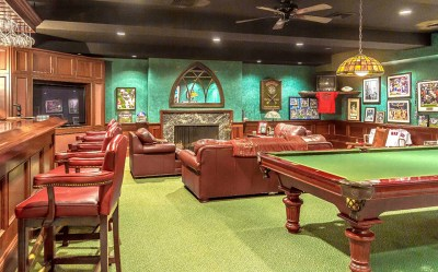 10 Homes with Chic and Sophisticated Billiard Rooms
