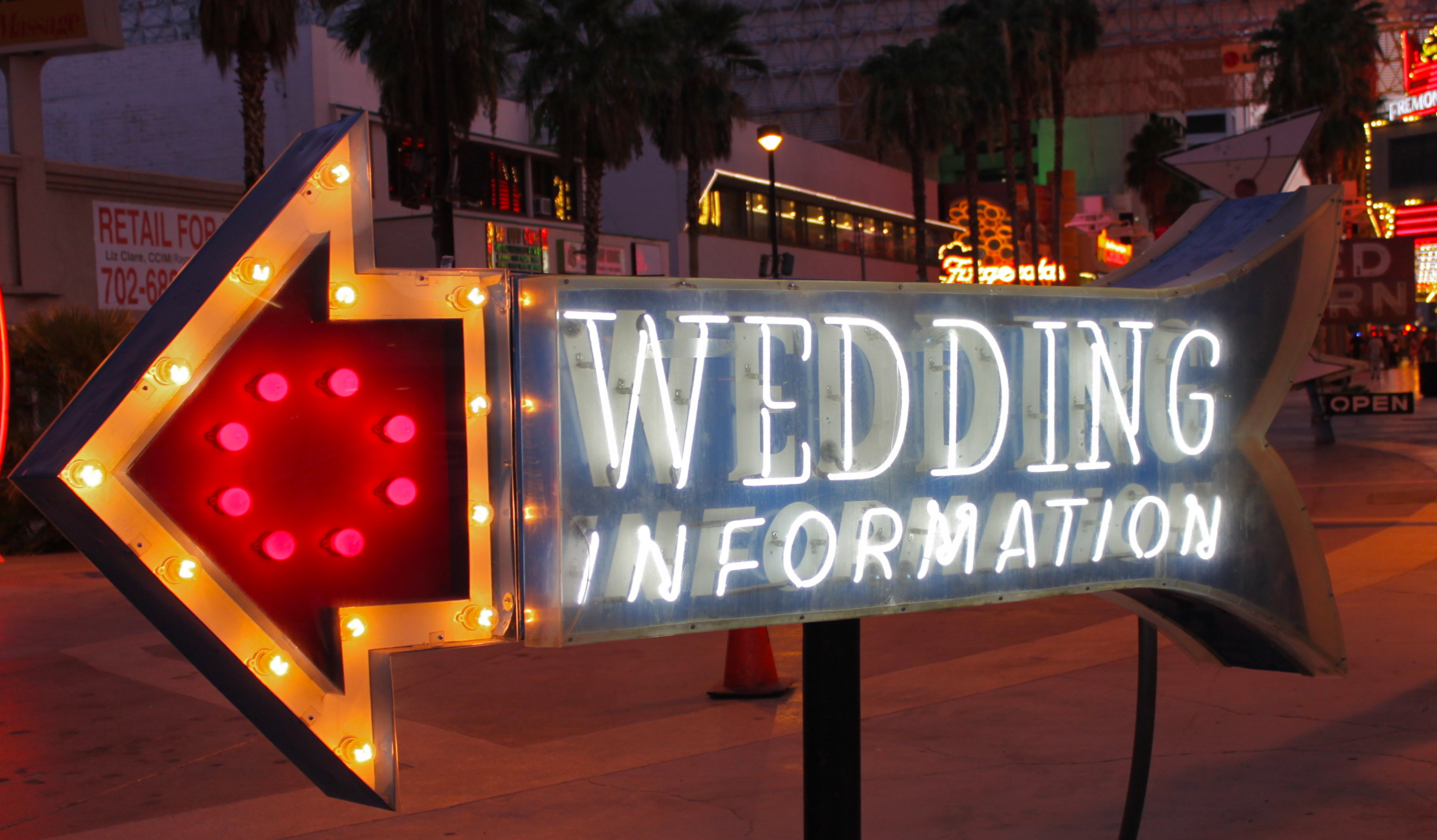 your nifty guide on where to start when planning your vegas wedding vegas wedding chapels Your Nifty Guide on Where to Start When Planning Your Vegas Wedding