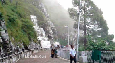 Mata Vaishno Devi Live Darshan Pictures to Pin on Pinterest - ThePinsta