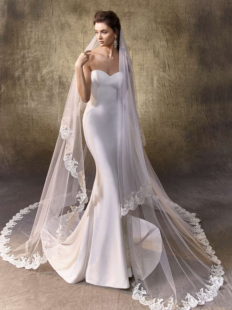 wedding dress accessories enzoani wedding dress accessories logan fro veil