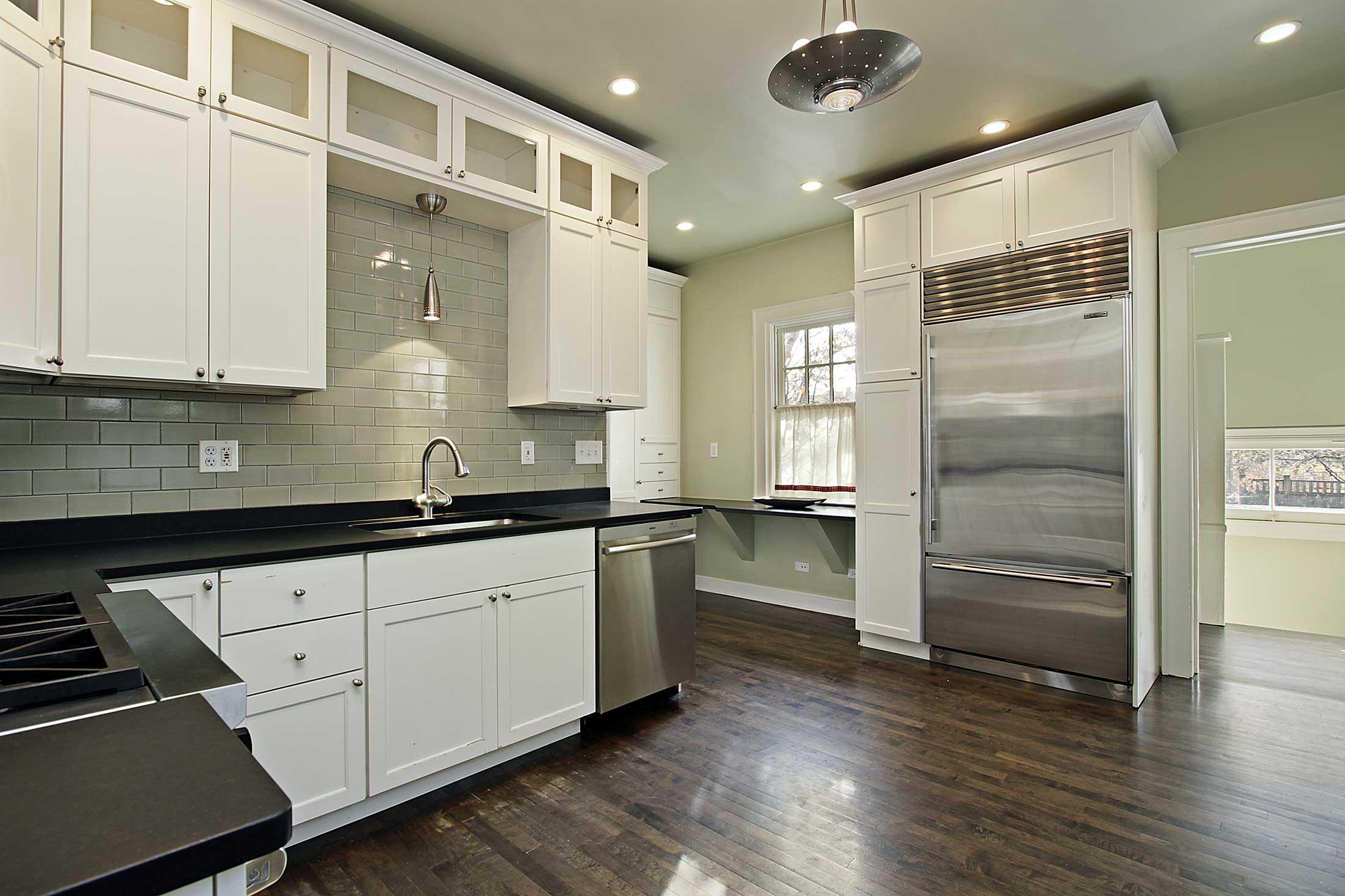 mapleleafkitchencabinet maple kitchen cabinets Maple Leaf Kitchen Cabinets Ltd