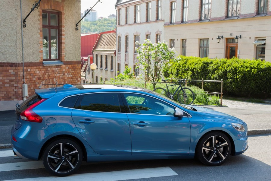 Volvo V40   model year 2016   Volvo Car Group Global Media Newsroom