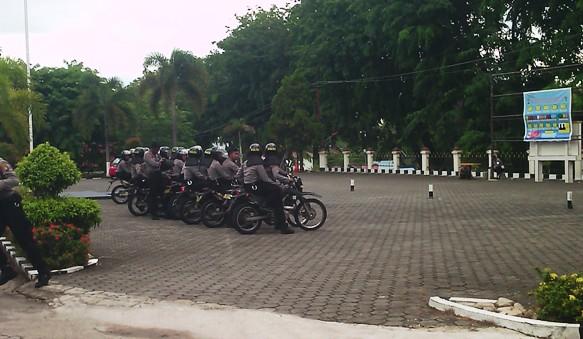 Personil Polres Tanjungpinang Hendak Patroli. Foto ALPIAN TANJUNG