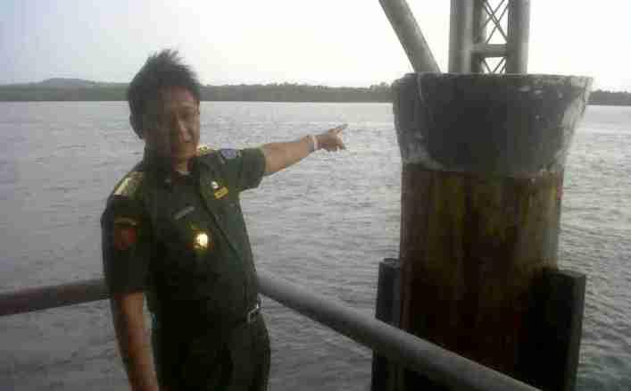 Pj Gubernur Kepri, Agung Mulyana saat meninjau Pelabuhan Berakit