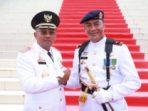 Lis saat salam komando usai upacara HUT Kemerdekaan RI ke 70