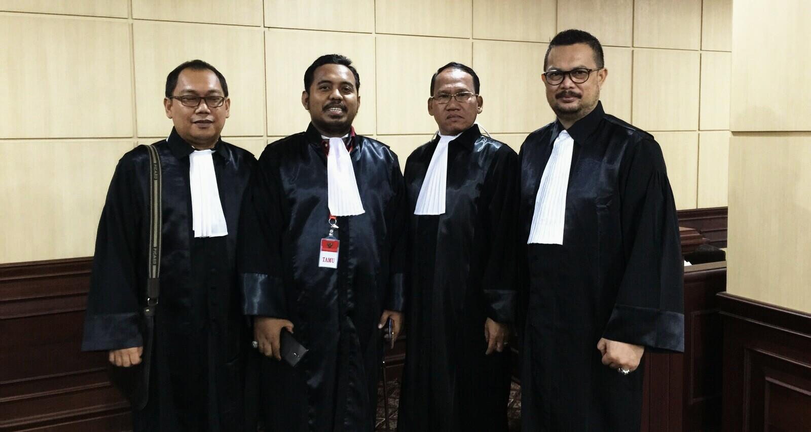Tim Kuasa Hukum pasangan calon Soerya Respationo - Ansar Ahmad