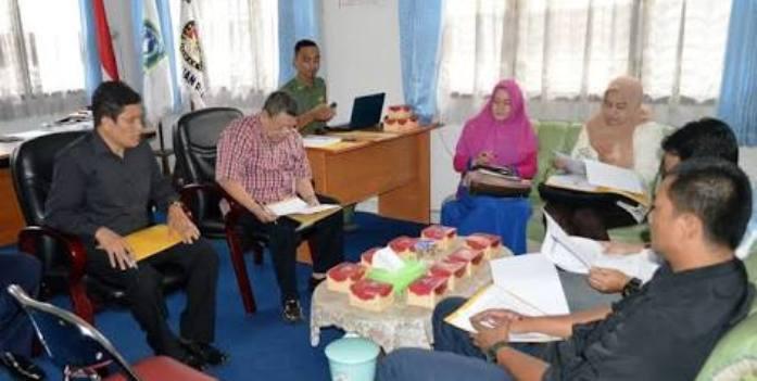 Tim Penilai Penghargaan KPU Kepri