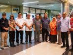 Rombongan Komisi III DPRD Kepri Foto Bersama Usai Meninjau Bandara Hang Nadim Batam